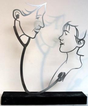 rvs lijnbeeld, kunstwerk voor kinderarts
